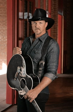 trace-adkins